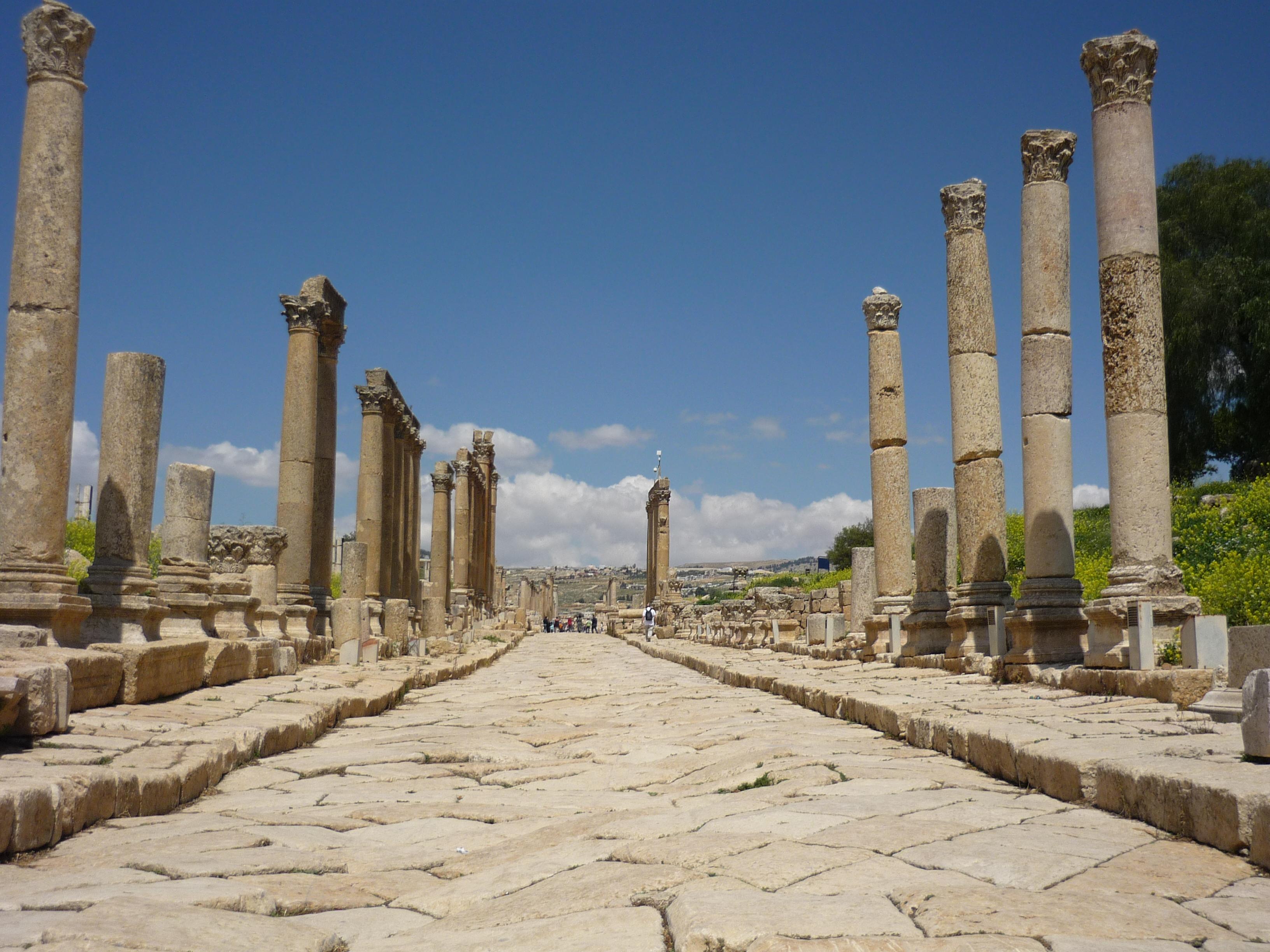 Luca Errera, Daniela Trastulli, Giordania, Amman, colonne romane