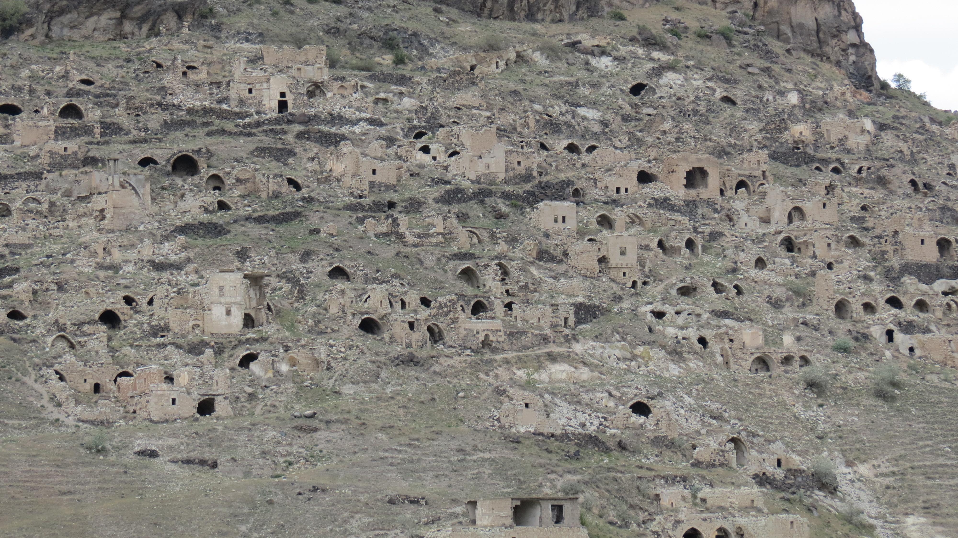 Luca Errera, Daniela Trastulli, Turchia, Cappadocia, villaggi abbandonati